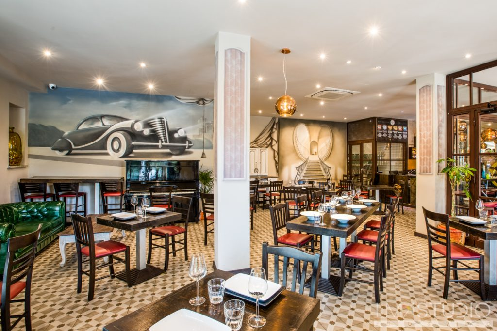 ArtDecoRestaurant & Original Drinks